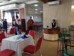 Sertifikasi Kompetensi BLKPP DIY Role Play Proses Penerimaan Tamu di Restoran